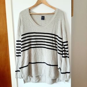 GAP wool blend tunic sweater with side slits